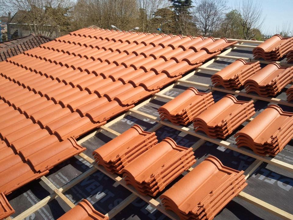 pose tuile de terre cuite couvreur bordeaux bassin d 39 arcachon couverture construction maison
